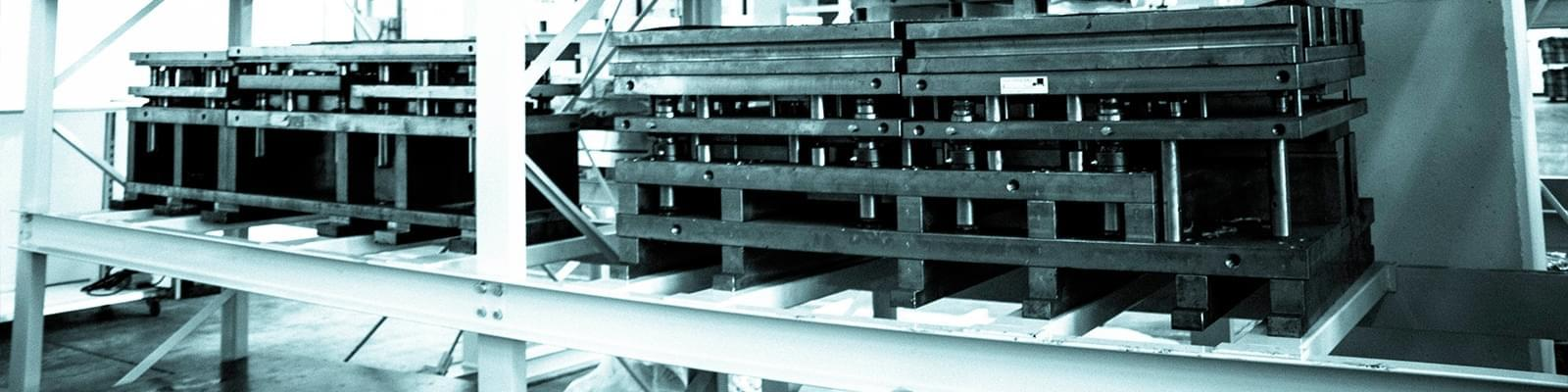 7 - testata - Stampaggio lamiera a freddo e robotica per velocizzare le operazioni