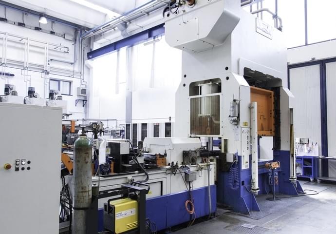 Metallschneidemaschinen 1