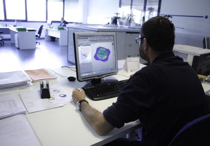 Planung und Herstellung von Matrizen 6