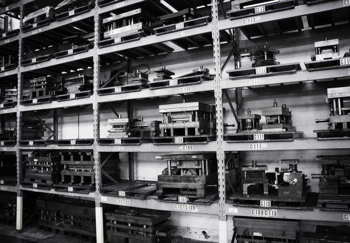 Von Minifaber geplante und hergestellte Stanzformen und Werkzeuge für Blech Schweiβen
